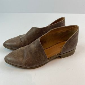NEW Qupid Royale Flat Dupe Booties Taupe Brown